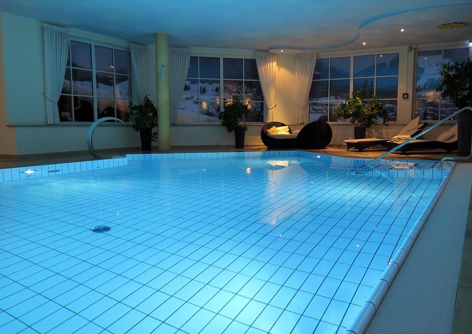 Pipì in piscina