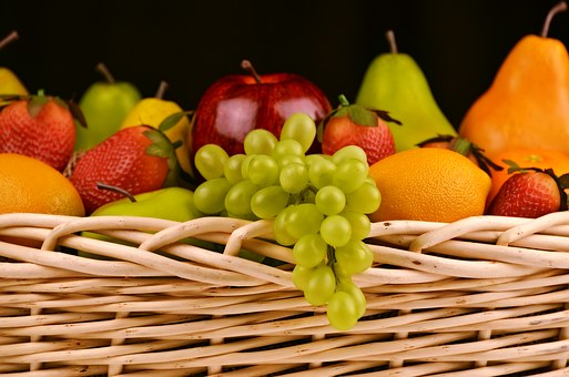 fruit-basket-1114060__340